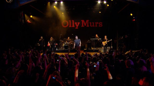 "CNE Video | Exclusive: Watch Olly Murs perform ""Oh My Goodness"" Live!"