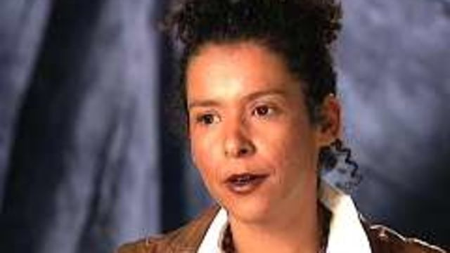 CNE Video | Global Diary: Glamour Columnist Mariane Pearl Goes to Cambodia