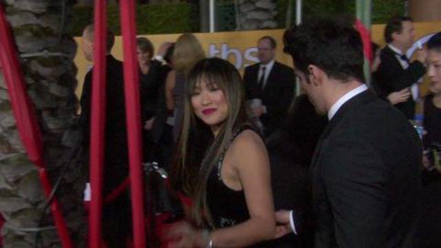 CNE Video | SAG Awards 2013 Red-Carpet Arrivals: See Ben Affleck, Hugh Jackman, and More of Your Favorite Celebs!