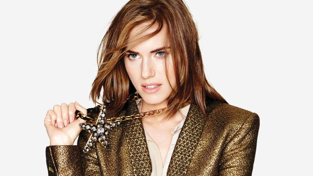 CNE Video | GIRLS Star Allison Williams Shares Her Advice on How to be a Good Friend