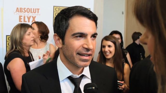 CNE Video | Chris Messina's The Mindy Project Wardrobe Secrets, Kerri Russell's Infamous Felicity Cut and More TV Scoop on the Critics' Choice Awards Red Carpet