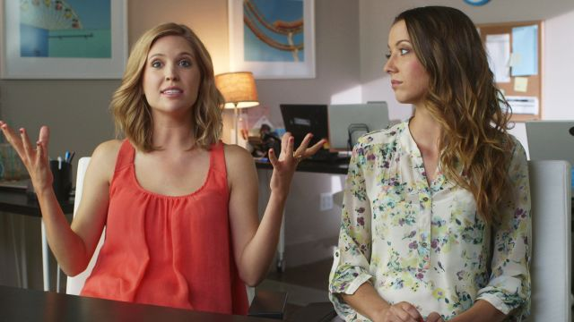CNE Video | Dating Tips: Amanda Lund's Tips on Dumping Someone