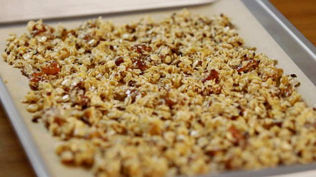CNE Video | Homemade Chocolate Granola for a Healthy On-the-Go Snack