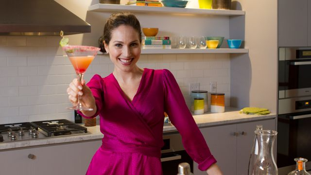 CNE Video | A Healthy Cocktail For Girls' Night In