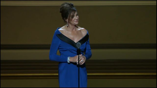 CNE Video | Judith Light Presents Glamour's Women of the Year Award to Caitlyn Jenner