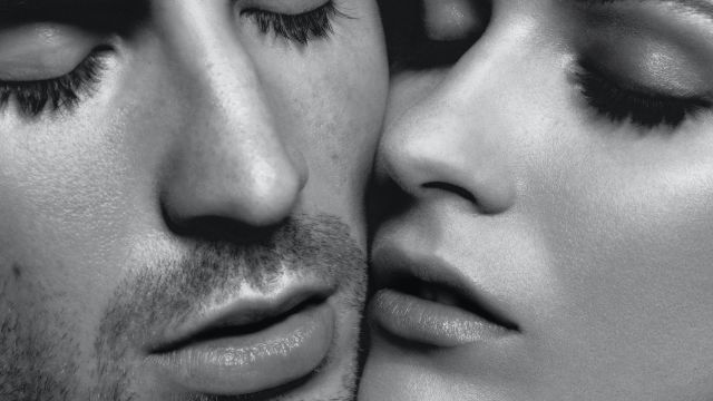 CNE Video | Watch Evan Rachel Wood and Chris Evans' Steamy New Fragrance Campaign