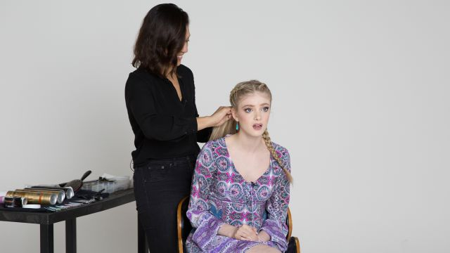 CNE Video | Elena Kampouris Gets Quizzed on the Kardashians While Getting a Kardashian Makeover