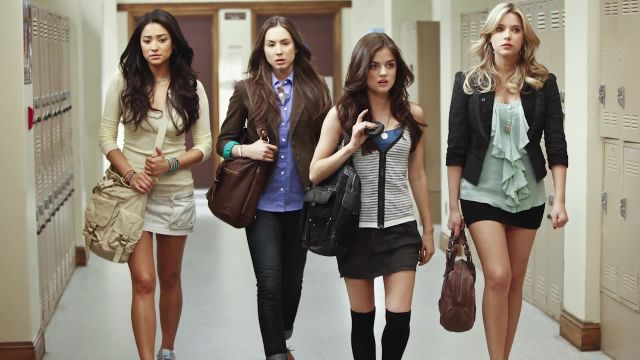 CNE Video | How to Dress Like the Pretty Little Liars, According to Their Costume Designer