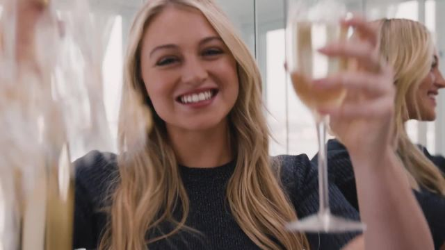 CNE Video | How to Wear Everything You've Been Told Not to With Iskra Lawrence