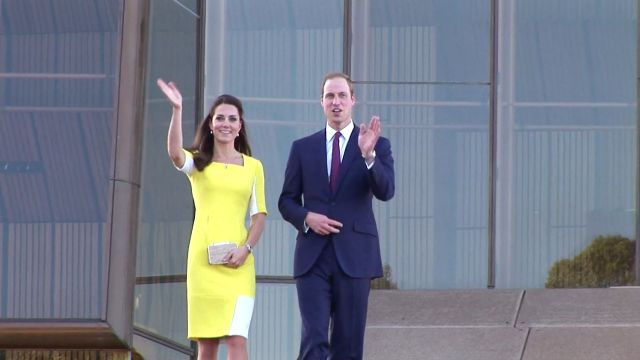 CNE Video | The Real Reason Kate Middleton Always Carries a Clutch