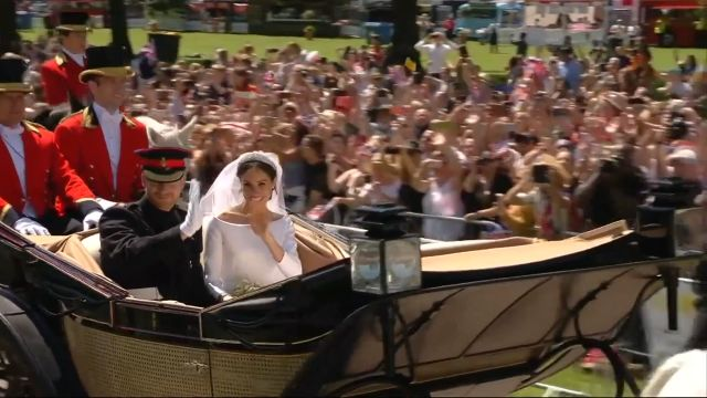 CNE Video | Meghan and Harry's Carriage Ride Through Windsor