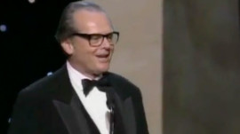 GQ's Brief History of Oscar Acceptance Speech Awkwardness