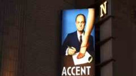 "David Hyde Pierce on ""Accent On Youth"""
