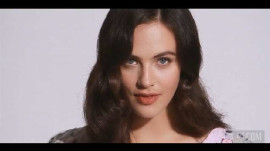 "Jessica Brown Findlay on ""Downton Abbey,"" Sybil's Pregnancy, and Young Love"