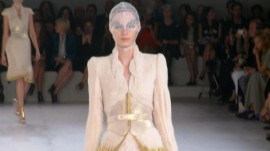 Alexander McQueen: Spring 2012 Ready-to-Wear