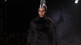 Gareth Pugh: Fall 2012 Ready-to-Wear