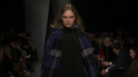 Donna Karan: Fall 2012 Ready-to-Wear