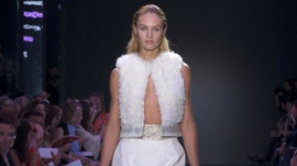 Giambattista Valli: Spring 2012 Ready-to-Wear