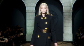 Versace: Fall 2011 Ready-to-Wear