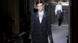 Yves Saint Laurent: Fall 2011 Ready-to-Wear