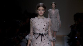Valentino: Spring 2011 Ready-to-Wear