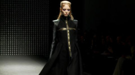 Gareth Pugh: Fall 2011 Ready-to-Wear