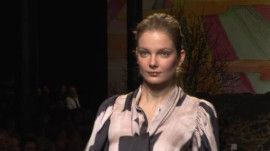 Stella McCartney: Fall 2009 Ready-to-Wear