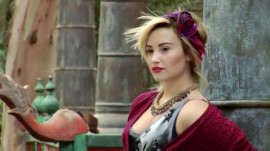 Demi Lovato's November 2013 Teen Vogue Cover Shoot