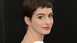 Anne Hathaway: Awards-Season Beauty with Vanity Fair's SunHee Grinnell