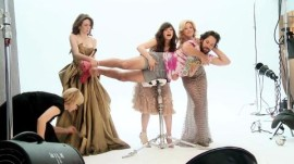 """Our Idiot Brother"" Photo Shoot with Emily Mortimer, Zooey Deschanel, Elizabeth Banks, and Paul Rudd"