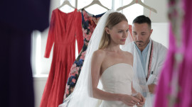Kate Bosworth Sees Her Oscar de la Renta Wedding Dress for the Very First Time