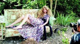 Taylor Swift's Cover Shoot