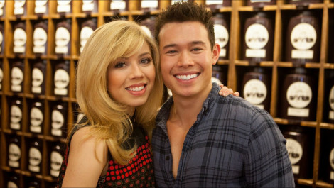 Spending the Day with Jennette McCurdy and Her Bestie Colton Tran