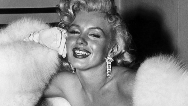 Hollywood Style Star Marilyn Monroe likewise Trip Report Peru Machu Picchu Urubamba Sacred Valley Highlights besides Officer And Gentleman Ny as well Saul Bass Celebration furthermore La La Land  poser Justin Hurwitz Goes Behind The Music. on oscar highlights youtube