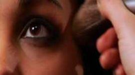 How to Master the Smokey Eye