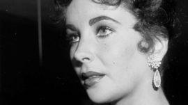 Hollywood Style Star: Elizabeth Taylor