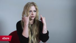 Avril Lavigne's Signature Smoky Eye