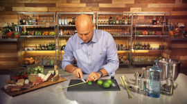 Tom Colicchio on Why You Should Pair a Gin & Tonic with a Charcuterie Plate
