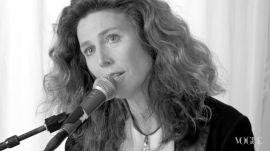 Damn I Wish I Was Your Lover: Newly Pregnant Sophie B. Hawkins Performs Her Classic Love Song