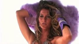 Behind the Scenes at Gisele Bündchen's 2007 Cover Shoot