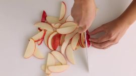 How to Core & Slice an Apple Without a Corer
