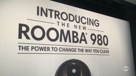 Ars Takes a First Look at the iRobot Roomba 980