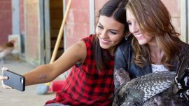 Victoria Justice Demonstrates How to Take a Selfie with a Turkey