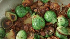 How to Make a 3-Ingredient Brussels Sprouts Main Dish