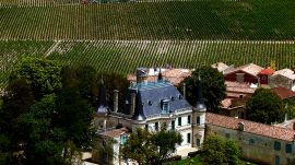 Chinese Winemakers Buy Up French Châteaus