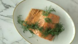 How to Make a Delicious 3-Ingredient Salmon Dinner