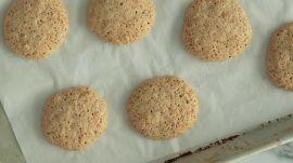 How to Make 3-Ingredient Nut Cookies