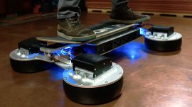 Riding the New Hendo Hoverboard 2.0 Is Like Levitating the Gnar