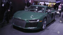 NY Auto Show 2016: Audi R8