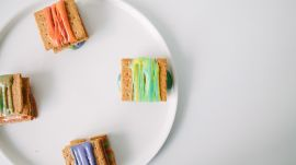 How to Make Rainbow S'Mores